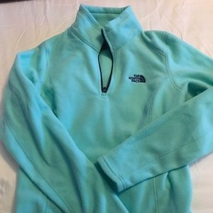 North Face fleece pull over. NWOT size S women's